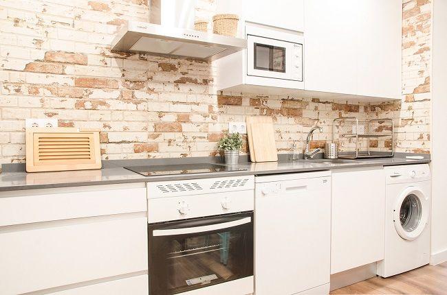REZ estudio-Interiorismo completo en la Vivienda de Sonia para ser alquilada como apartamento turístico